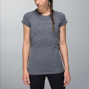 Lululemon run swiftly top